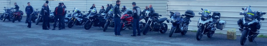 2016-04-09 01 Rangee de motos
